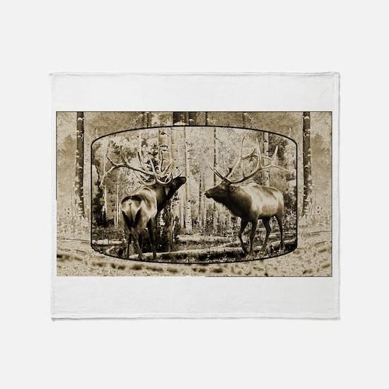 Bull elk face off Throw Blanket
