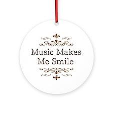 'Music Makes Me Smile' Ornament (Round)