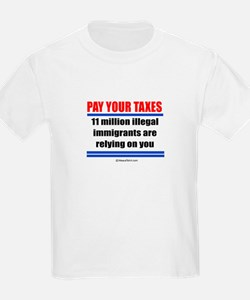 Pay your taxes -  Kids T-Shirt