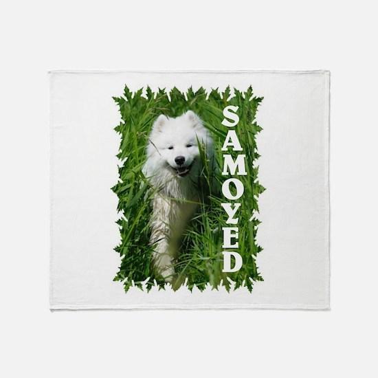 Samoyed In Grass Throw Blanket