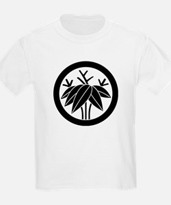 Bamboo with root in circle T-Shirt
