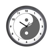 Yin Yang Clock (numbered)