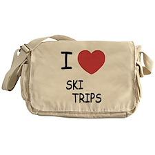 I heart ski trips Messenger Bag