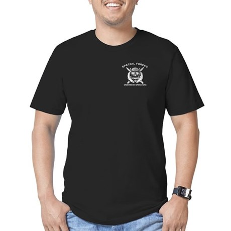 Combat Diver w/sfuwo Men's Fitted T-Shirt (dark)