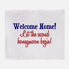 Unique Welcome home military wife Throw Blanket