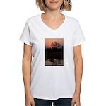 Lion Sands Sunset Women's V-Neck T-Shirt