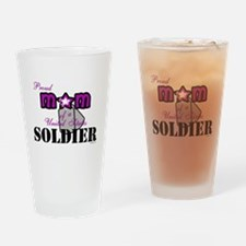 Proud Soldier's Mom Drinking Glass