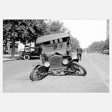 Crashed Ford Model T, 1922
