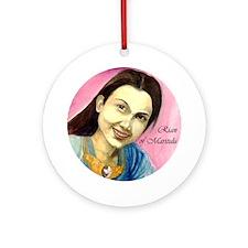 Rian Ornament (Round)