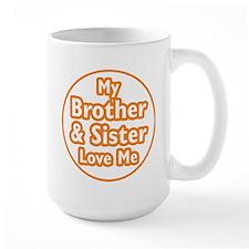 Bro and Sis Love Me Mug