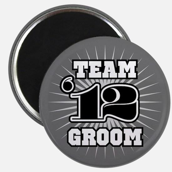 B&W Emblem Star Groom 12 Magnet
