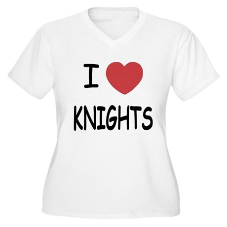I heart knights Women's Plus Size V-Neck T-Shirt