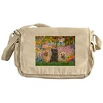 Garden/3 Cairn Terriers Messenger Bag