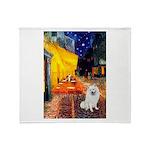 Cafe / Eskimo Spitz #1 Throw Blanket