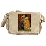 Kiss / Flat Coated Retriever Messenger Bag