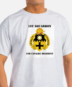 DUI - 1st Sqdrn - 5th Cavalry Regt with Text T-Shirt