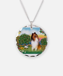 Appletrees / Collie (s) Necklace