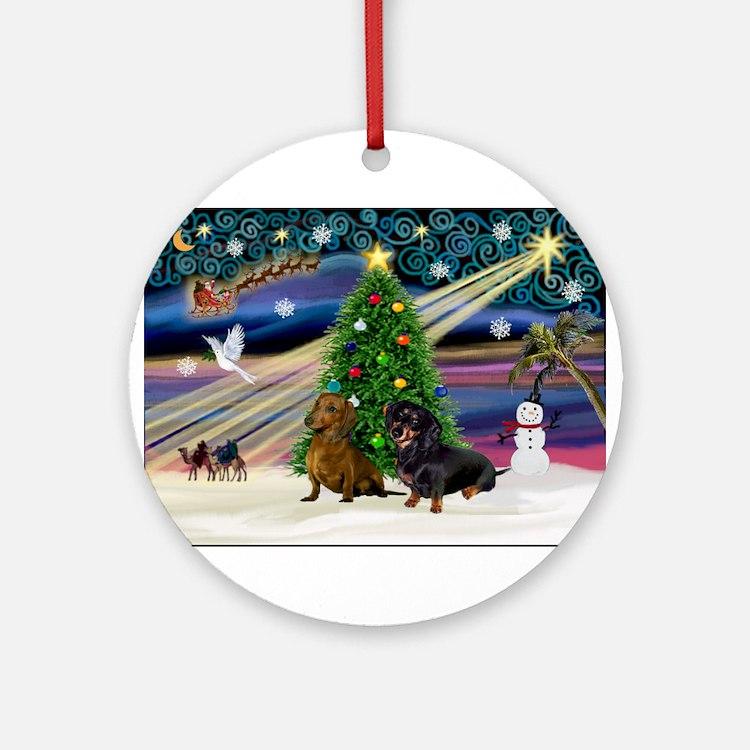 Xmas Magic & Doxie Pair Ornament (Round)