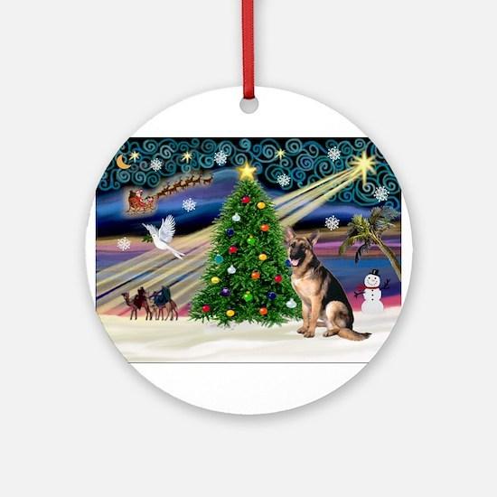 XmasMagic/G Shepherd 2 Ornament (Round)