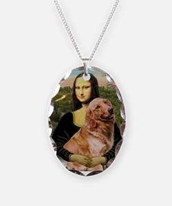 Mona's Golden Necklace