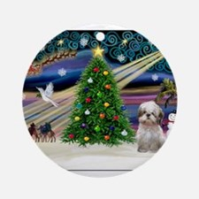 XmasMagic/Shih Tzu (15) Ornament (Round)