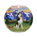 Mt Country & Husky Ornament (Round)