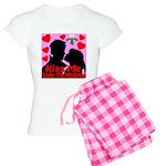 Kiss Me Under The Mistletoe Women's Light Pajamas