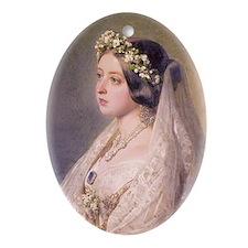 Queen Victoria Ornament (Oval)