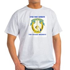 DUI - 2nd Sqdrn - 7th Cavalry Regt with Text T-Shirt