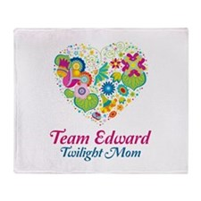 Twilight Mom Floral Heart Throw Blanket
