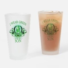 I Wear Green for my Son (flor Drinking Glass