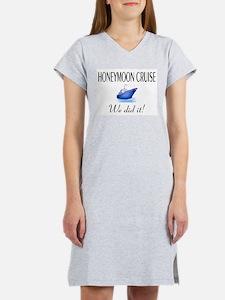 Honeymoon Cruise Women's Nightshirt