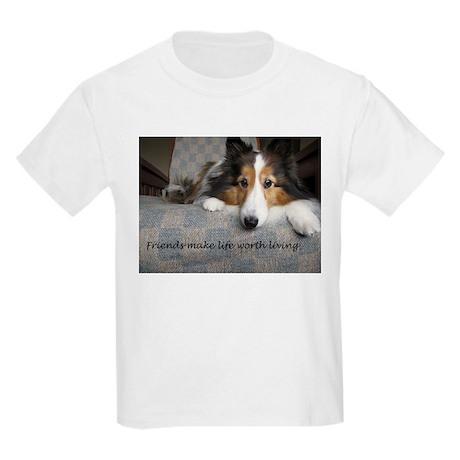 Friends make life worth living T-Shirt