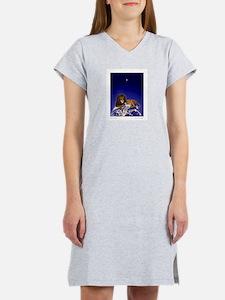 'Peace on Earth', Lion & Lamb Women's Nightshirt