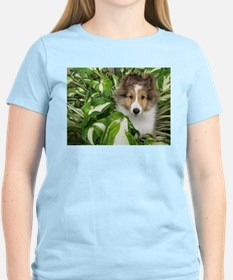 Puppy in the Leaves T-Shirt