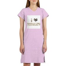 i love meerkats Women's Nightshirt