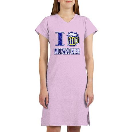I BEER MILWAUKEE Women's Nightshirt