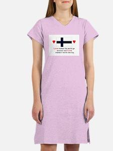 Love Finns Women's Nightshirt