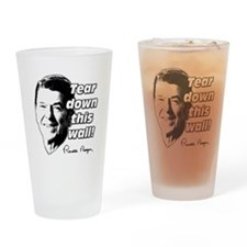 "Reagan Quote ""Tear Down This Wall"" Drinking Glass"
