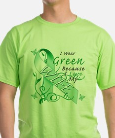 I Wear Green I Love My Wife T-Shirt