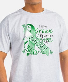 I Wear Green I Love My Mom T-Shirt