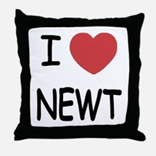 I heart newt Throw Pillow