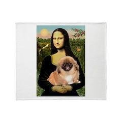 Mona / Pekingese(r&w) Throw Blanket