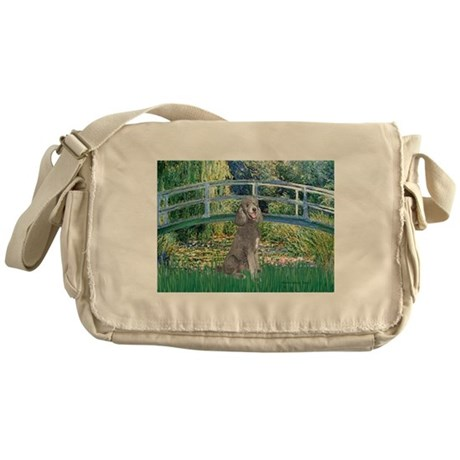Bridge/Std Poodle silver) Messenger Bag