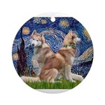 Starry Night Red Husky Pair Ornament (Round)