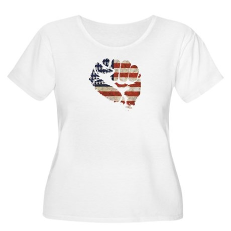 American Flag Fist Women's Plus Size Scoop Neck T-