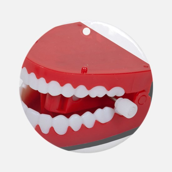 Fake Chattering Teeth Ornament (Round)