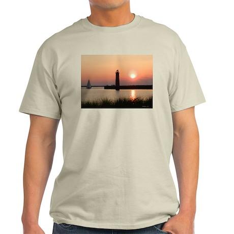 Muskegon Lighthouse 1 Light T-Shirt