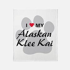 I Love My Alaskan Klee Kai Throw Blanket