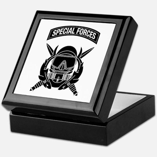 Combat Diver w Tab B-W Keepsake Box